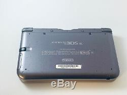 Nintendo 3DS XL Retro NES Edition Silver Handheld System With Charger 4 Games