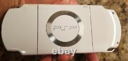 PSP 2000 Special Edition white, 32gb gamecard, 50 psp games, 3000 retro games