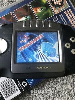 Console Tiger Telematics Gizmondo Handheld. Rétro. Bundle & Jeux. Comme Nintendo