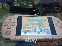 Sony Psp 3000 64 Go Avec 85 Jeux + Jeux Rétro Avec Chargeur Et Batterie Rose