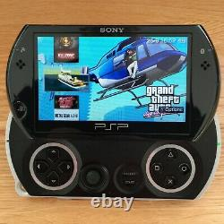 Sony Psp Go Noir Console 16 Go Jeux Bundle Cfw Gba Gbc Snes Nes Retro Rare Ps1