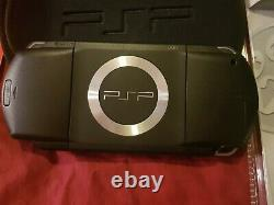 Sony Psp Grand Theft Auto Limited Edition Boxed Console. Avec Game, Retro